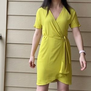 NWT Aritzia Babaton Wallace Wrap Dress XS